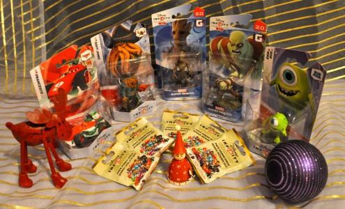 Fünf tolle Figuren mitsamt jeweils einem Bonus-Disk-Set gibt es diesmal zu gewinnen!